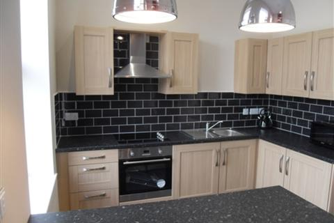 2 bedroom flat to rent - High Street, Hull