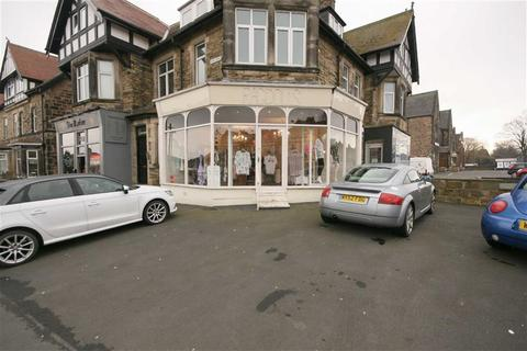 Retail property (high street) to rent - Church Avenue, Harrogate, HG1