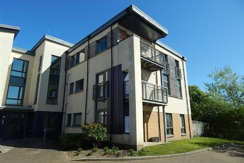 2 bedroom apartment for sale - Hursley Walk, Walker, Newcastle Upon Tyne, NE6
