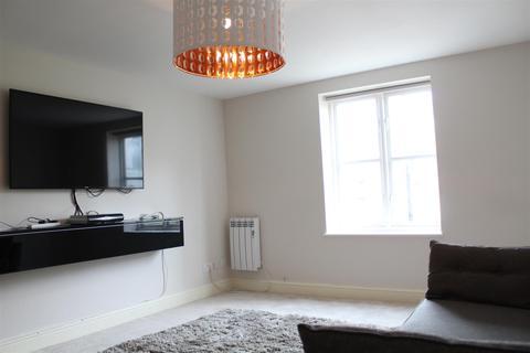 2 bedroom flat to rent - Stoneyard Lane, London
