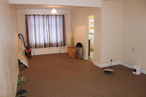 2 bedroom detached house to rent - Bedford Road N9