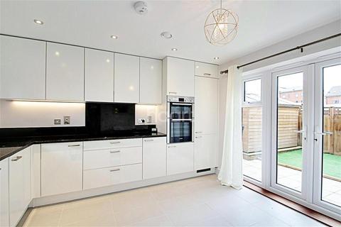 4 bedroom detached house to rent - Greenham Avenue, Kennet Island, RG2 0WU