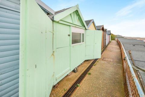 Detached bungalow for sale - Beach Hut, Clacton-On-Sea