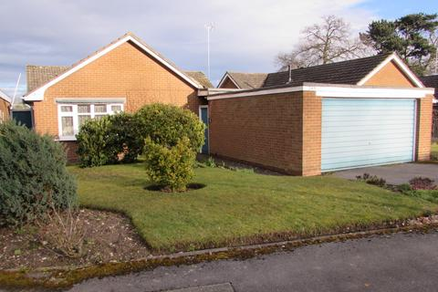 3 bedroom detached bungalow for sale - Mereside Way, Solihull