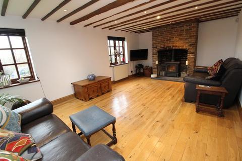 3 bedroom cottage for sale - Church Lane Cottages, Church Lane, North Ockendon, Upminster, Essex, RM14