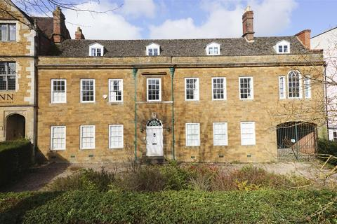 8 bedroom townhouse for sale - South Bar Street, Banbury