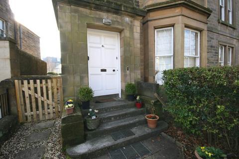 4 bedroom flat to rent - Crawfurd Road, Edinburgh