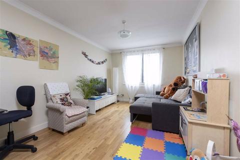 2 bedroom flat to rent - Salisbury Court, Upper Richmond Road, Putney, SW15