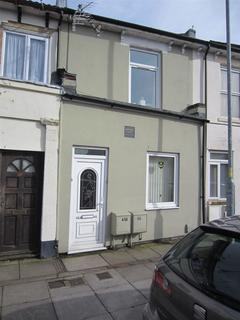 2 bedroom flat to rent - GLADYS AVENUE, NORTH END