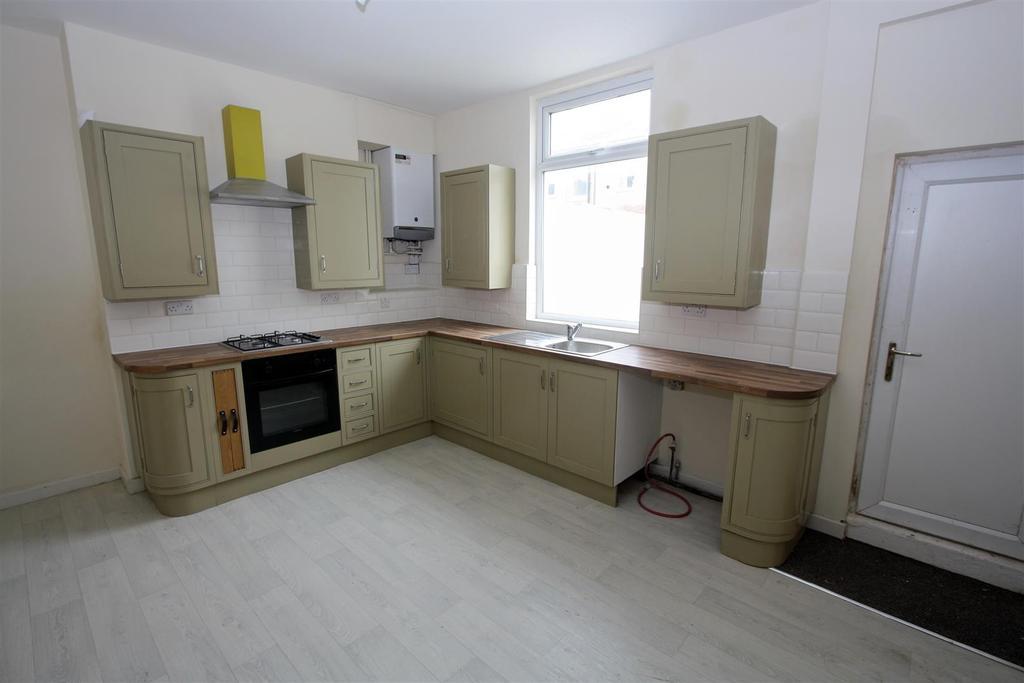 2 Bedrooms Terraced House for sale in Aldam Street, Darlington