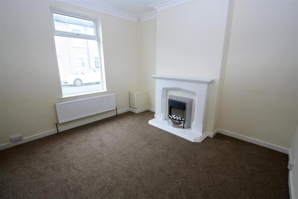 2 Bedrooms Terraced House for sale in Aldam Street, Darlington