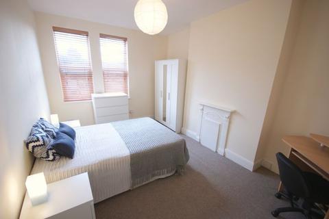 6 bedroom house share to rent - Haddon Road, Burley, Leeds, LS4