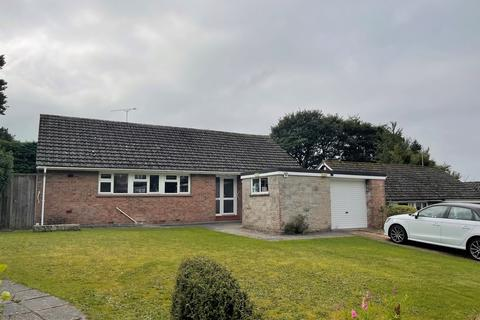 3 bedroom detached bungalow to rent - Winslade Park, Clyst St Mary