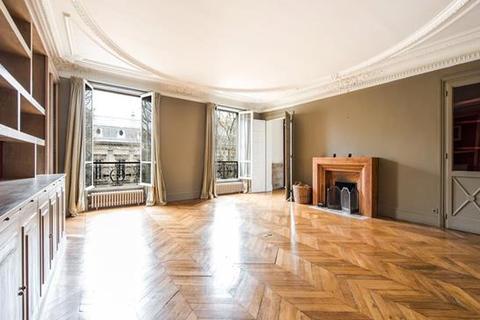 4 bedroom apartment  - Paris 09, Paris, Ile-De-France