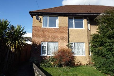 2 bedroom flat to rent - St Georges Drive, Cheltenham