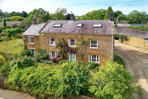 6 bedroom detached house for sale - Wigginton, NR Chipping Norton, Oxfordshire