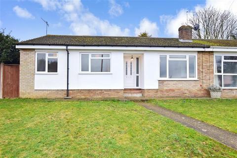 3 bedroom semi-detached bungalow for sale - Oaklands Way, Sturry, Canterbury, Kent