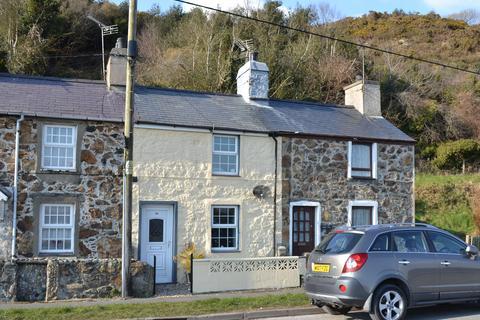 1 bedroom terraced house for sale - 56 ABERERCH ROAD, PWLLHELI LL53