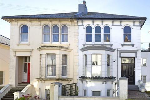 2 bedroom flat for sale - Old Shoreham Road, Brighton