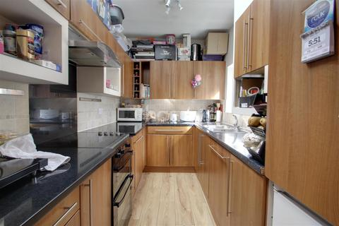 5 bedroom flat to rent - St Marys Road, Golders Green, NW11