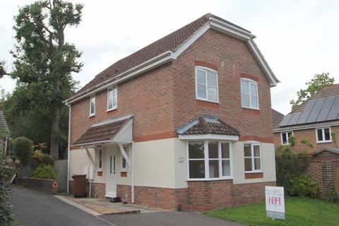 3 bedroom detached house to rent - Joyce Close, Cranbrook, Kent, TN17 3LZ