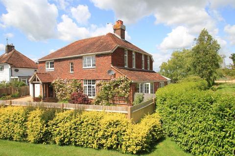 4 bedroom detached house for sale - Rye Road, Sandhurst, Kent, TN18 5JQ