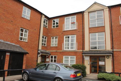 2 bedroom flat to rent - Martins Court, York, North Yorkshire, YO26 4WS