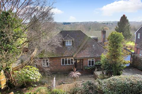 3 bedroom detached house for sale - High Street, Brenchley, Tonbridge, Kent, TN12
