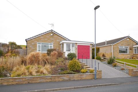 2 bedroom detached bungalow for sale - 31 Aire Valley Drive, Bradley