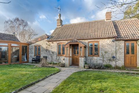 2 bedroom cottage for sale - School Lane, Luckington
