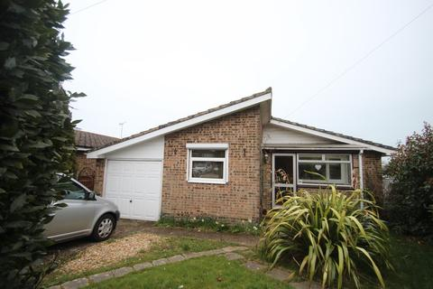 3 bedroom detached bungalow to rent - St. Edmunds Walk, Wootton Bridge