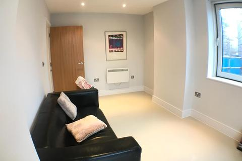 1 bedroom apartment to rent -  Preston's Rd,  Poplar, London E14