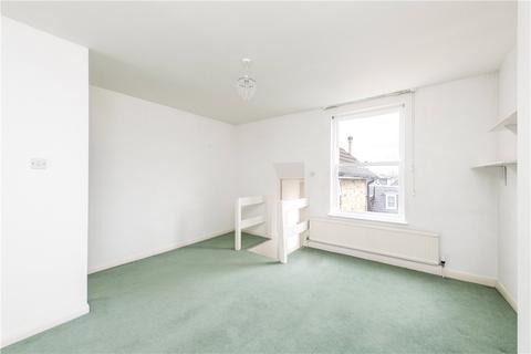 1 bedroom apartment to rent - St. James's Drive, London, SW17