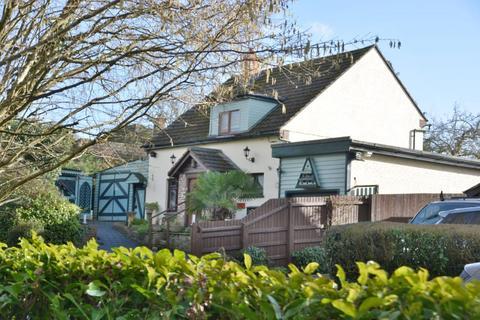 3 bedroom detached house for sale - Marsh Lane, Upton
