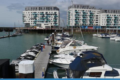 1 bedroom apartment to rent - Western Concourse, Brighton Marina Village