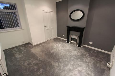 2 bedroom flat to rent - Clarence Street, Seaton Sluice.  NE26 4DN *SUPER STANDARD*