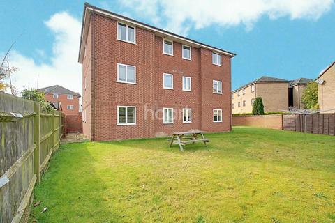 2 bedroom flat for sale - Fennec Close, Cambridge.