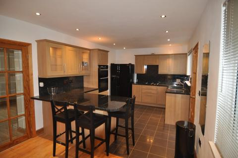 3 bedroom semi-detached house to rent - Fearne House Crescrent, Hoyland