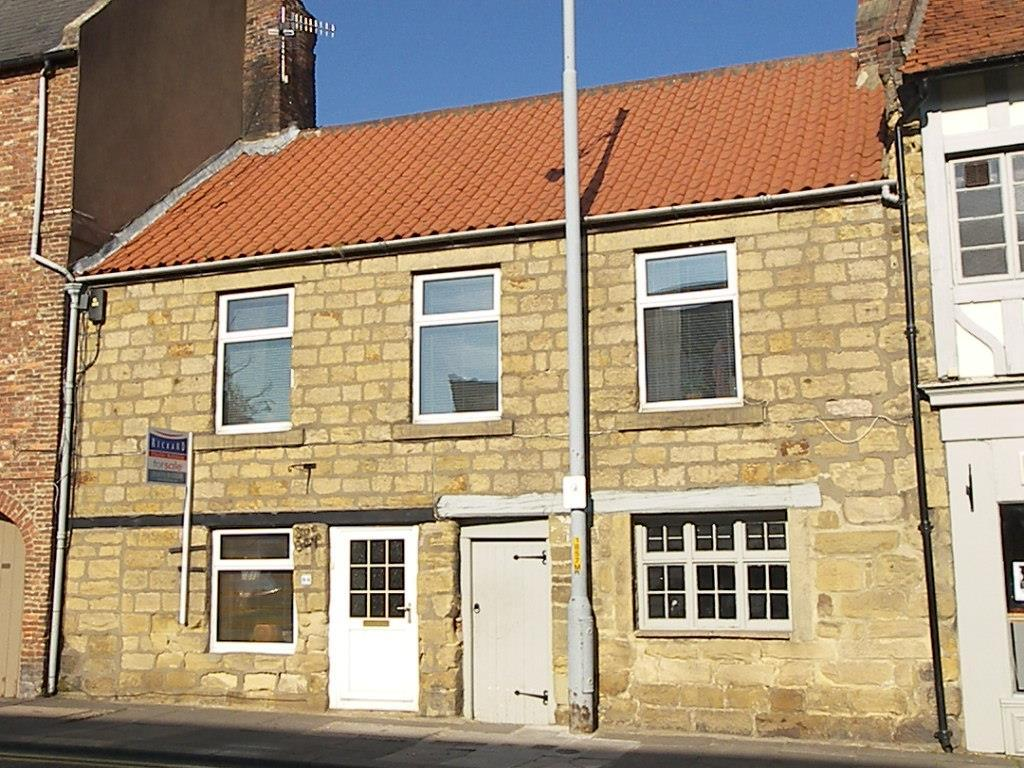 2 Bedrooms Terraced House for sale in Newgate Street, Morpeth