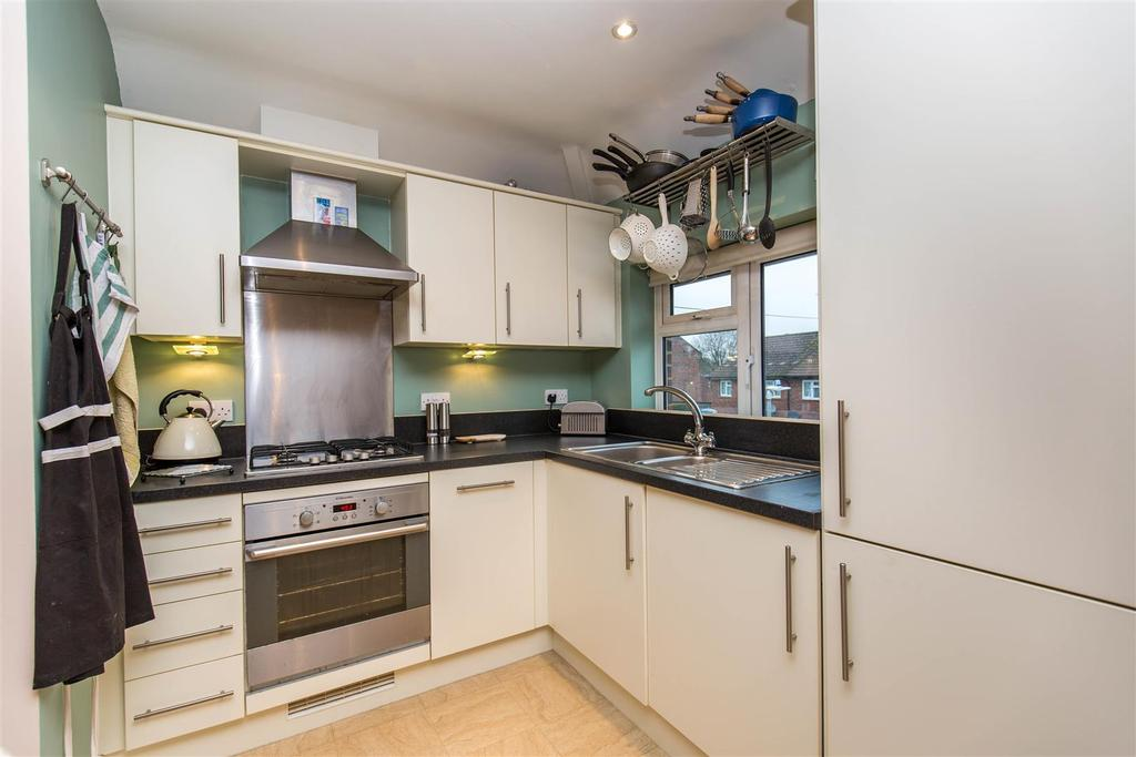 Wickenden road sevenoaks 1 bed flat for sale 255 000 Kitchen design of sevenoaks
