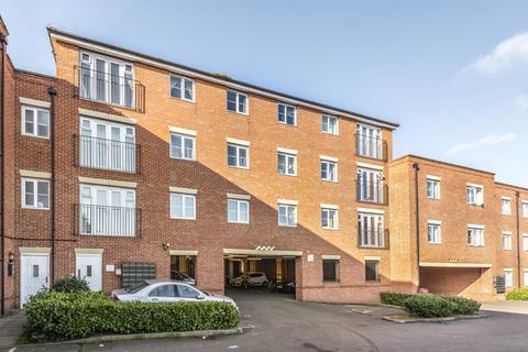 2 bedroom apartment to rent - Ellington Court,  Headington,  OX3