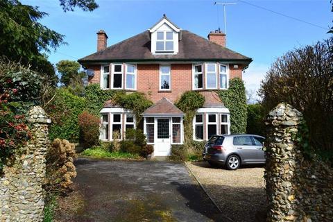 5 bedroom detached house for sale - Central Avenue, Wimborne, Dorset