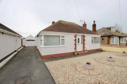 2 bedroom detached bungalow for sale - Methven Drive, Prestatyn