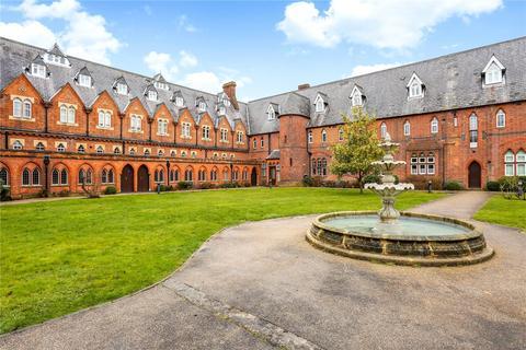 1 bedroom flat for sale - Convent Court, Hatch Lane, Windsor, Berkshire, SL4