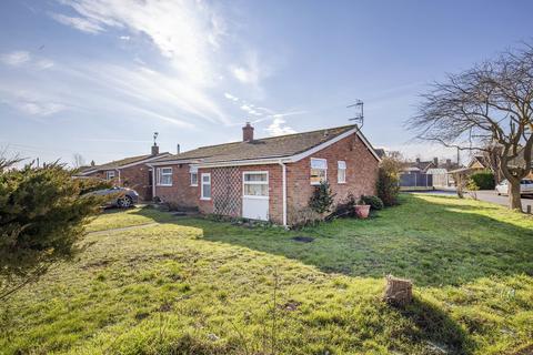 3 bedroom detached bungalow for sale - Ainsworth Close, Swanton Morley