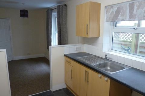 2 bedroom ground floor flat to rent - Millbrook Road West, Southampton
