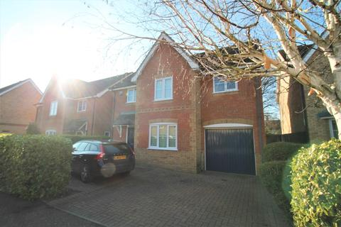 4 bedroom detached house to rent - Richardson Place, Chelmsford