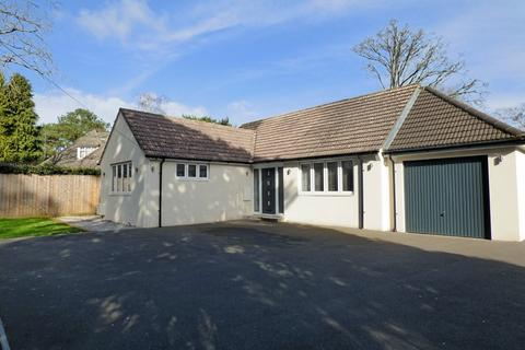 3 bedroom detached bungalow for sale - York Road, Broadstone
