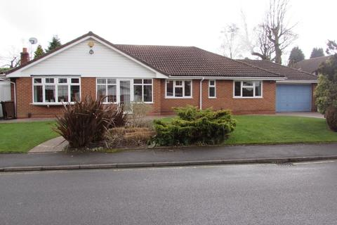 3 bedroom detached bungalow for sale - Rollswood Drive, Solihull
