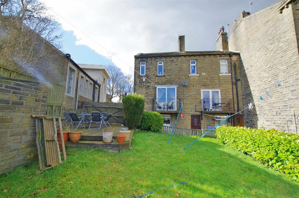 westgate holywell green halifax 1 bed end of terrace house for